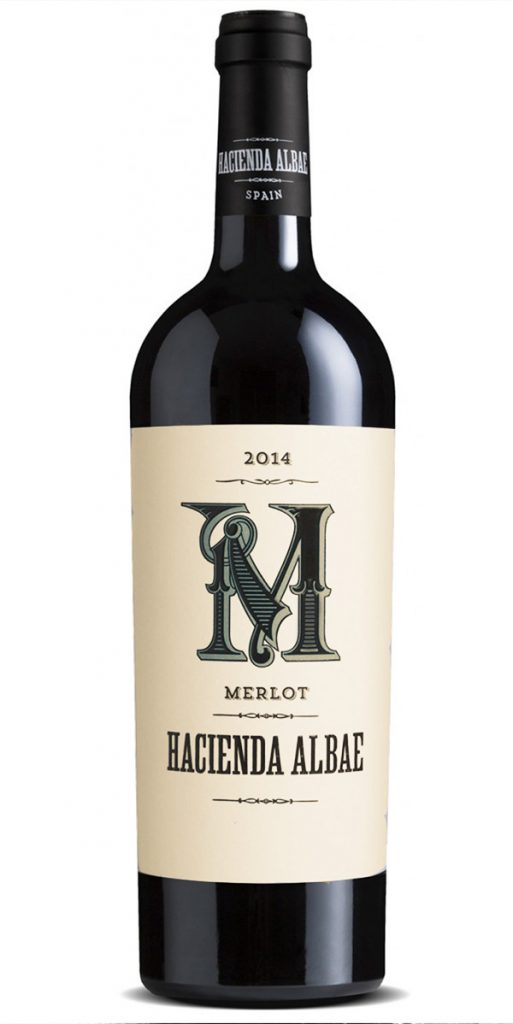 Grape: 100% Merlot. Tasting notes: Ruby colored, aromas of ripe red fruits, with toasted oak in the background. Elegant, tasty, and balanced. Notes of fresh fruits and spices.